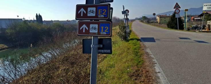 E2-colli_euganei-padova-piste_ciclabili-veneto-cicloturismo-bicicletta-itinerari-1