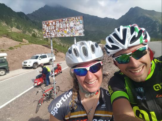 cycling_in_love-passi_di_montagna-passo_manghen_in_bicicletta-cima_del_passo_manghen