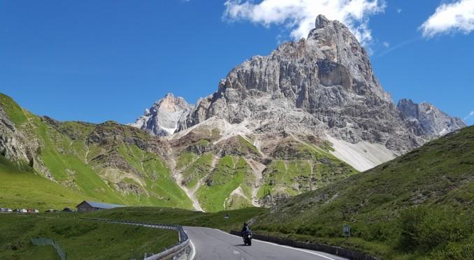 pale-di-san-martino_passo-rolle-in-bicicletta
