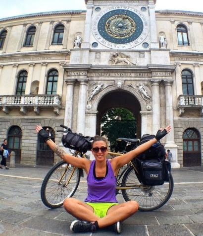 cicloturismo-a-padova_padova-in-bicicletta_piazza-dei-signori-padova