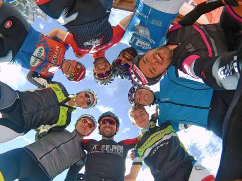 dolomitics-cycling-camp_foto-dei-ciclisti-in-val-di-fiemme